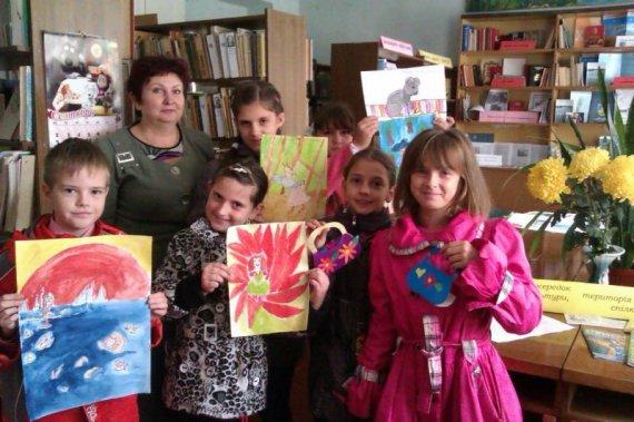 30 вересня – У Всеукераїнський день бібліотек до Цюрупинської бібліотеки №3 ім. Кудієвського завітали друзі з подарунками