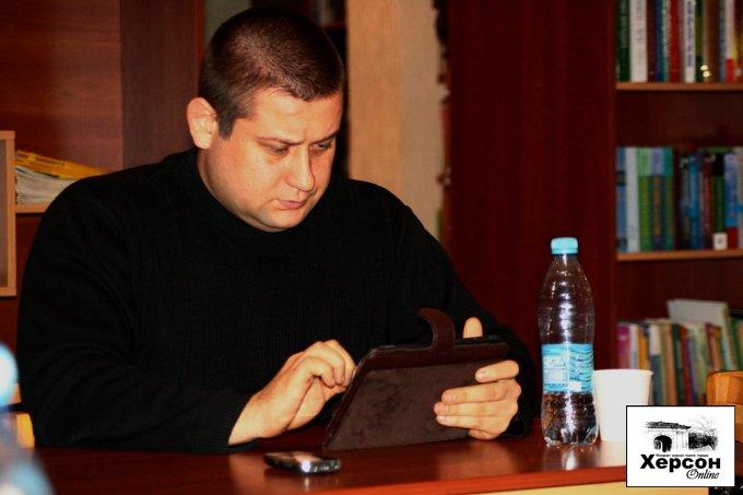 """Главный редактор """"Цюруписнк Online"""" принял участие во встрече, на тему - влияние социальных сетей на современное общество (фото/видео)"""