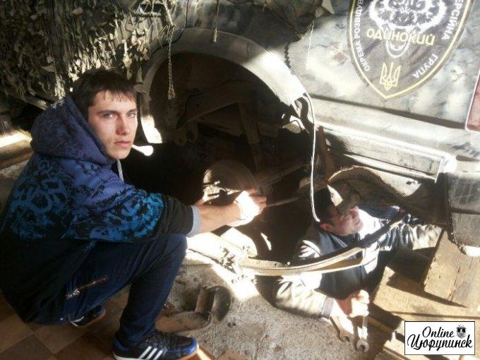 """Ремонт техники батальона """"Айдар"""" в Цюрупинске (фото)"""
