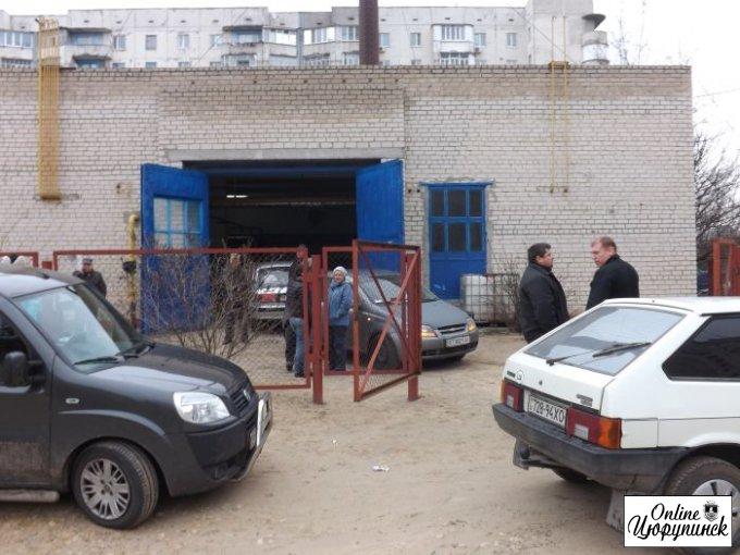 """Сегодня в Цюрупинске """"террористы"""" ворвались на режимный объект (видео)"""