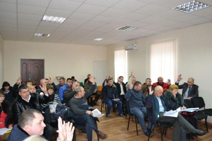 Відбулася друга позачергова сесія Цюрупинської міської ради сьомого скликання