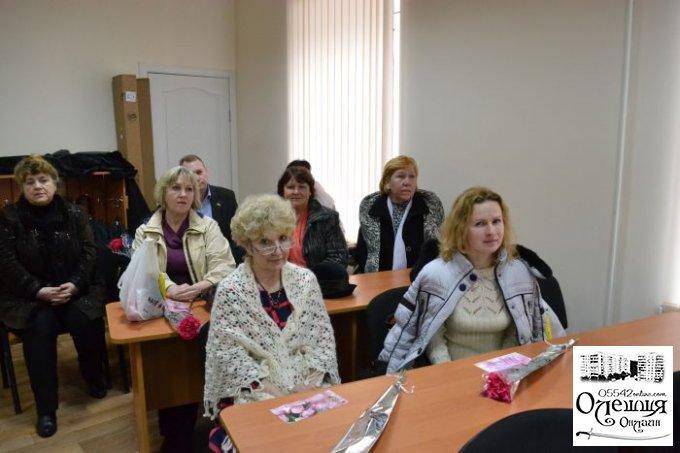 Міський голова привітав жінок у Цюрупинську