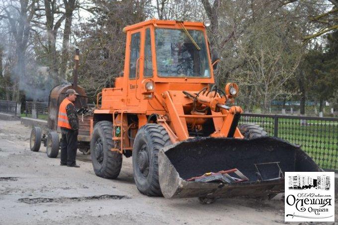 Сьогодні у Цюрупинську ремонтні роботи відбуваються відразу на 4-х ділянках