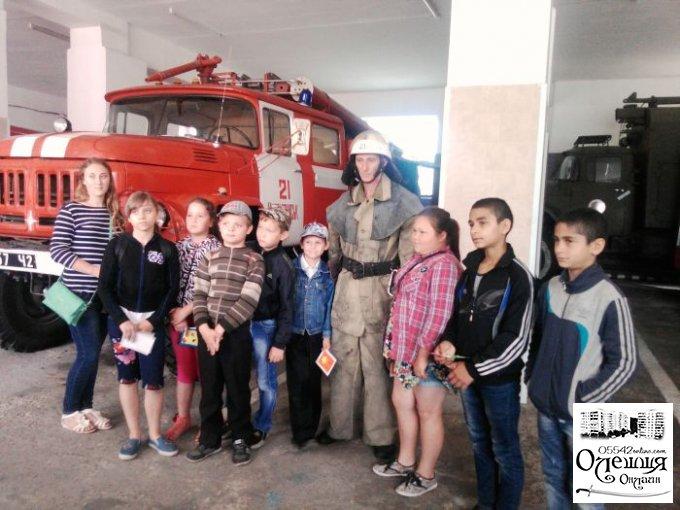 До олешківських рятувальників знову завітали гості