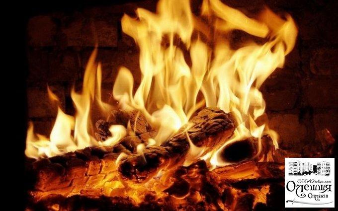 В Олешках неисправная печь стала причиной пожара