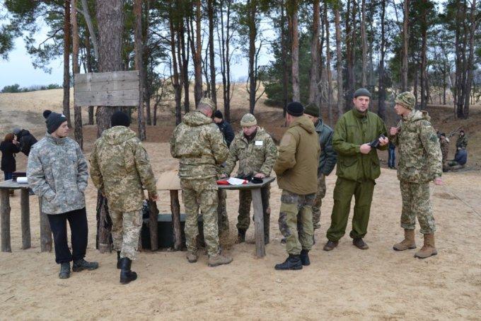 Відбулись чергові навчання роти териториальної оборони міста Олешки (фото)