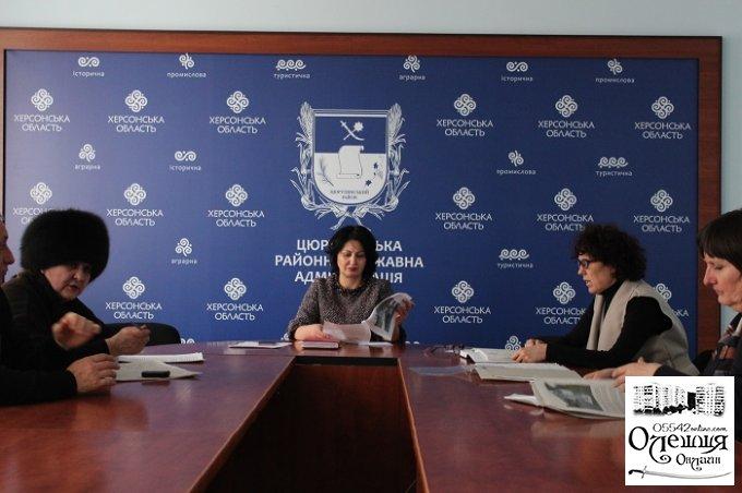 В Олешківській райдержадміністрації розглянуто питання відновлення роботи музею-садиби Остапа Вишні