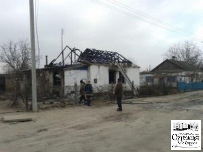 В Олешках горел жилой дом