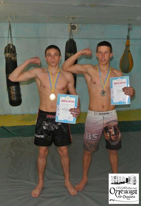 Кік-боксери з Олешок з призовими місцями
