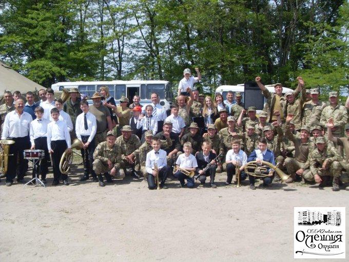 Творча зустріч з військовослужбовцями