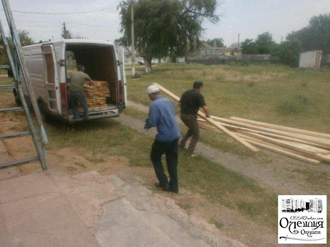 В Сагівському будинку культури розпочато капітальний ремонт покрівлі