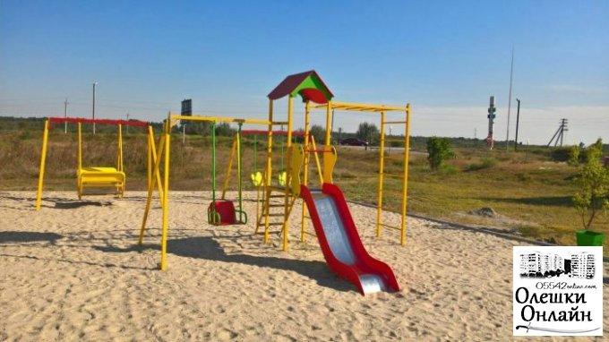 Дитячий майданчик по вул. Софієвській повністю готовий зустрічати малечу