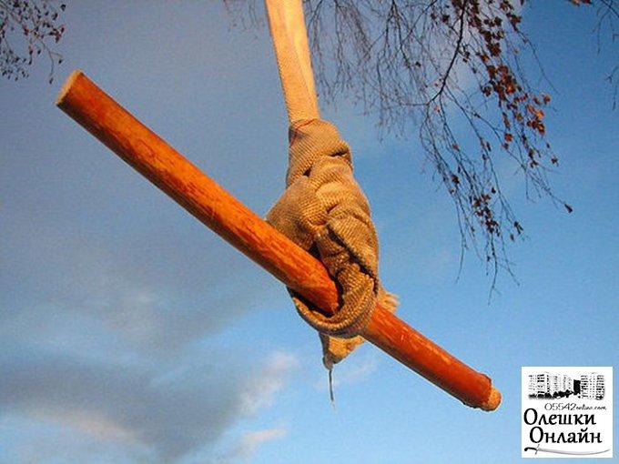 В Олешках 11-летний подросток упал с «тарзанки»