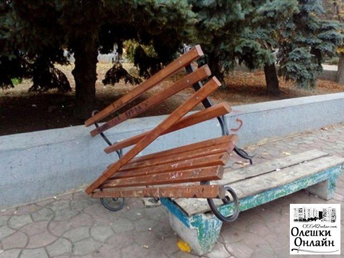 В Олешках стався черговий акт вандалізму