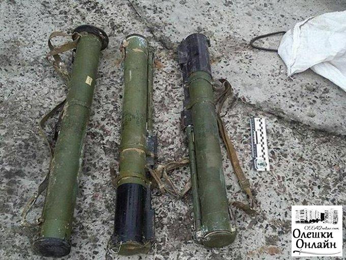 Грибник нашел в Олешковском лесу ... гранатометы