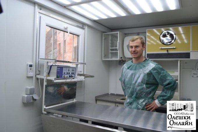 В Олешках продовжуються роботи по зменшенню популяції бездомних тварин