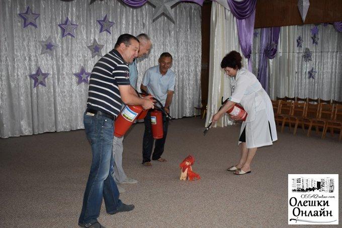 В Олешківському ДНЗ №2 відбулося навчальне тренування з евакуації
