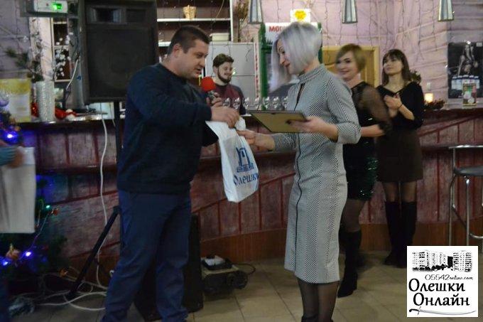 В Олешках Дмитро Воронов відзначив інструкторів з фітнесу (фото)