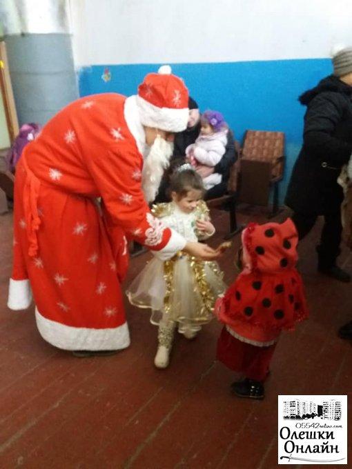 Новорічний ранок для малечі у Сагах