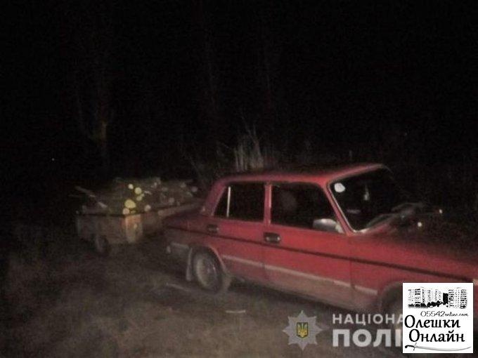 В Олешковском районе полицейские обнаружили семью лесных браконьеров