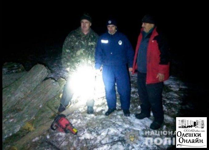 Полиция разоблачила жителя Олешковского района, который незаконно спилив дерева акации