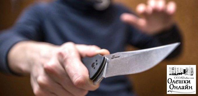 Более 7 ударов ножом: судят 33-летнего жителя Олешек