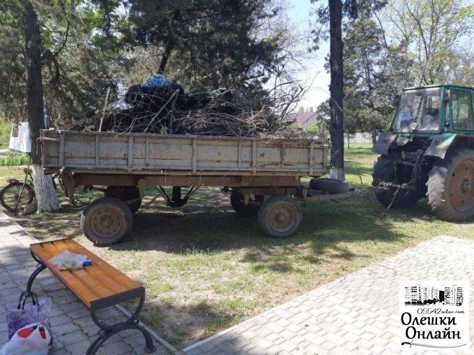 Підготовка до травневих свят в Олешках