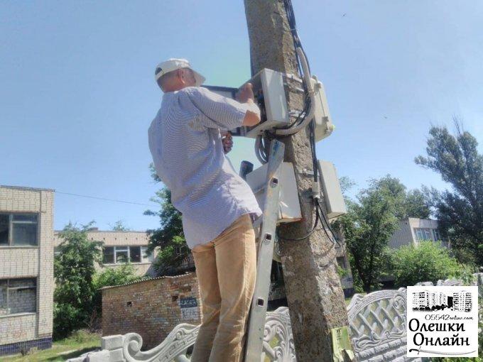 Проводяться роботи з ліквідації наслідків негоди та забезпечення сталої роботи мереж вуличного освітленя