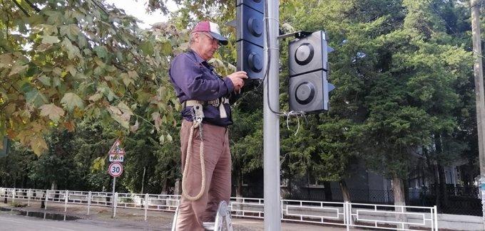 Дмитрий Воронов про светофор в центре города Олешки
