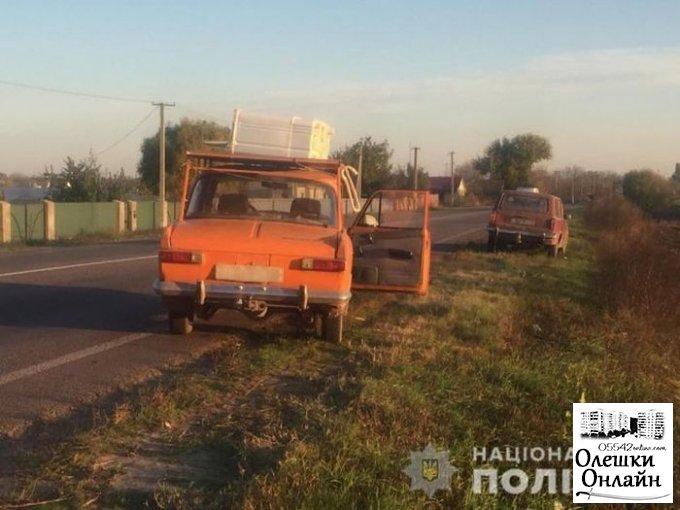 В Олешковской районе полицейские в течение часа вернули владельцу угнанный автомобиль