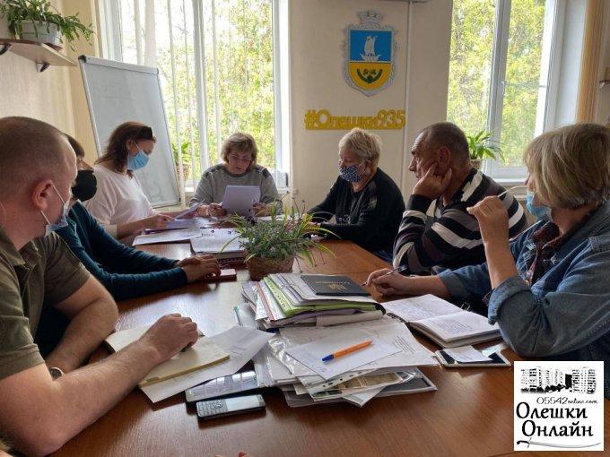 В Олешках триває підготовка до виборів