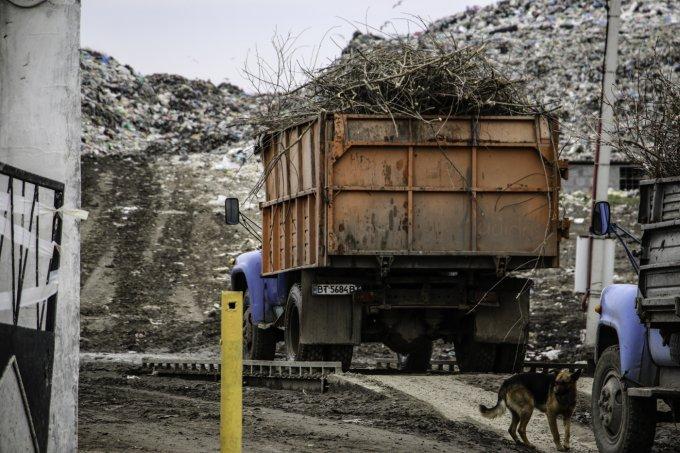 Что теперь будет с мусором в Олешках?