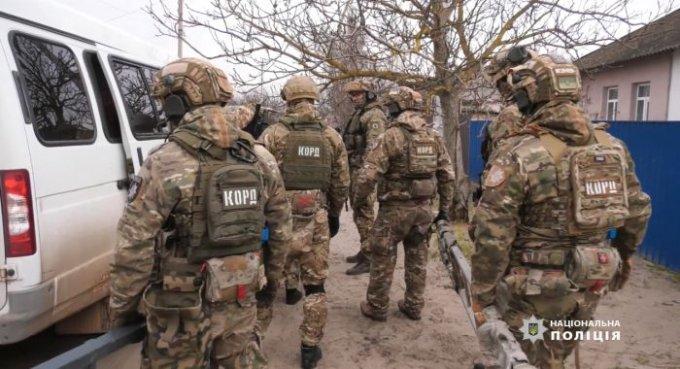 Як в Олешках поліція проводила тактико-спеціальні навчання