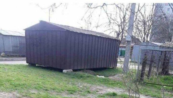 В Олешках теперь и с гаражей хотят получать за ''разрешения''