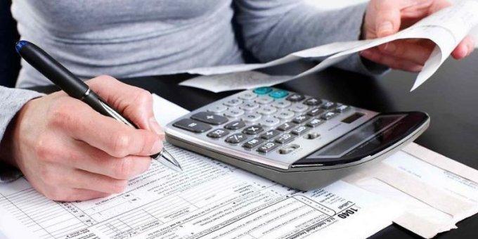 В Херсоне депутаты на комиссии хотят установить налог на недвижимость в 10 раз меньше, чем Рыщук в Олешках
